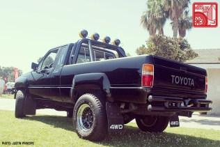 367-JP4485_ToyotaHilux-BackToTheFuture