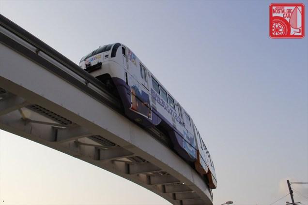 4411_Okinawa Monorail