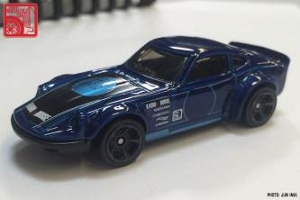 2016 Hot Wheels Nissan Fairlady Z - blue 06