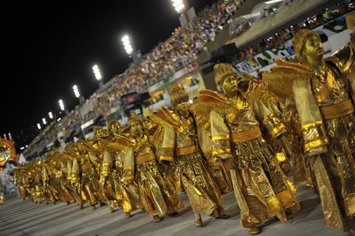 Revellers of Grande Rio samba school per