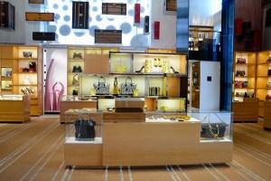 Louis Vuitton Unveils Yayoi Kusama Windows