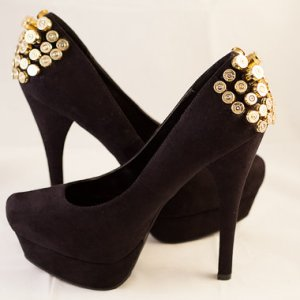 Bullet Studded Pumps