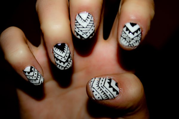 Monochrome_Nails