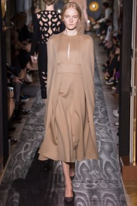 valentino-fall-2013-couture-33
