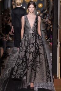 valentino-fall-2013-couture-38