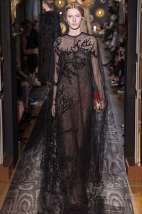 valentino-fall-2013-couture-43