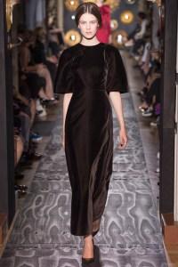 valentino-fall-2013-couture-49