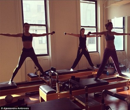 Victoria's Secret models workout to prepare for the upcoming show (image from  www.dailymail.co.uk)
