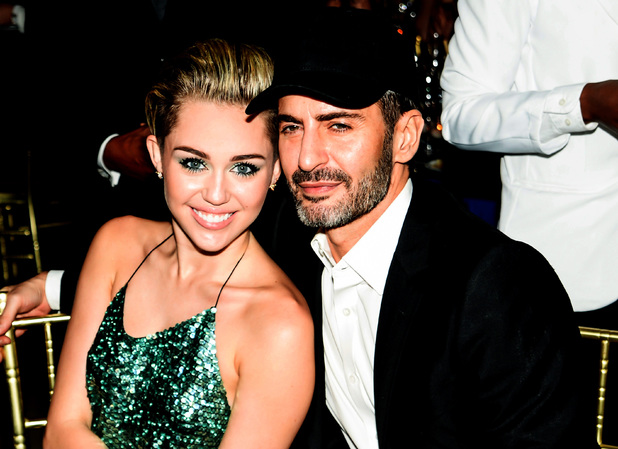 miley-cyrus-marc-jacobs