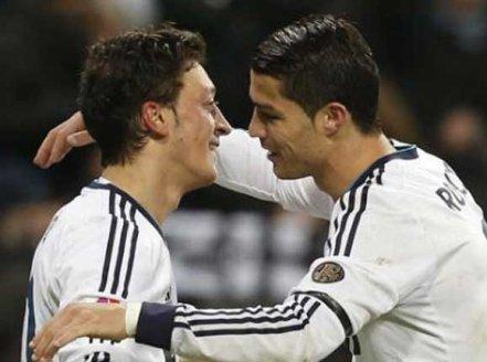 C.Ronaldo_prelazi_na_islam
