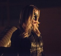 """Arrow -- """"Green Arrow"""" -- Image AR401B_0057b -- Pictured: Katie Cassidy as Black Canary -- Photo: Dean Buscher /The CW -- © 2015 The CW Network, LLC. All Rights Reserved."""