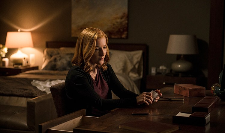 """THE X-FILES:  Gillian Anderson in the """"Founder's Mutation season premiere, part two, episode of THE X-FILES airing Monday, Jan. 25 (8:00-9:00 PM ET/PT) on FOX.  ©2016 Fox Broadcasting Co.  Cr:  Ed Araquel/FOX"""