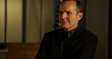 """MARVEL'S AGENTS OF S.H.I.E.L.D. - """"Bouncing Back"""" - In the midseason premiere, """"Bouncing Back,"""" in the aftermath of his trip to Maveth, Coulson is more determined than ever to get to Gideon Malick and put an end to Hydra once and for all. Meanwhile, Daisy and the team encounter more Inhumans who have powers like they've never seen before, but will they be friends or enemies of S.H.I.E.L.D.? """"Marvel's Agents of S.H.I.E.L.D."""" returns for a game-changing second half of Season Three, TUESDAY, MARCH 8 (9:00-10:00 p.m. EST) on the ABC Television Network. (ABC/Eric McCandless) CLARK GREGG"""