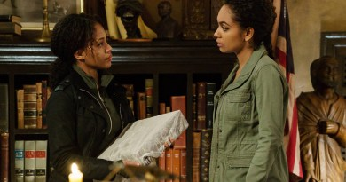 SLEEPY HOLLOW: L-R: Nicole Beharie and Lyndie Greenwood in the ÒDelawareÓ episode of SLEEPY HOLLOW airing Friday, April 1 (8:00-9:00 PM ET/PT) on FOX. ©2016 Fox Broadcasting Co. Cr: Tina Rowden/FOX