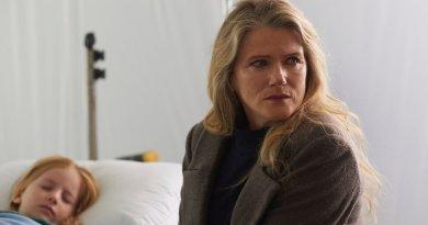 "12 MONKEYS -- ""Lullaby"" Episode 208 -- Pictured: Barbara Sukowa as Katarina Jones -- (Photo by: Russ Martin/Syfy)"