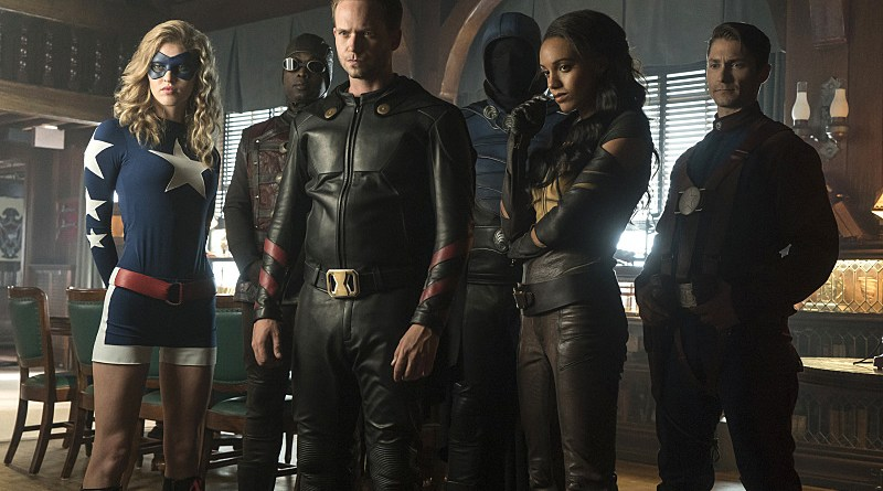 Recap: The LEGENDS OF TOMORROW Meet the Justice Society. And They're Jerks.