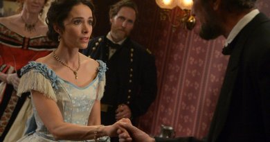 """TIMELESS -- """"The Assassination of Abraham Lincoln"""" Episode 101 -- Pictured: Abigail Spencer as Lucy Preston -- (Photo by: Sergei Bachlakov/NBC)"""