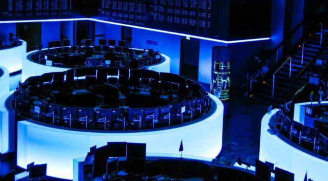 Travel-Aficionado-Frankfurter-Börse-German-Stock-Exchange-Future-Blue-Luminale-Lighting-Night-Out-of-Business-Hours-Empty-NYC-NYSE-Stock-Shares-Trend-crop_edited