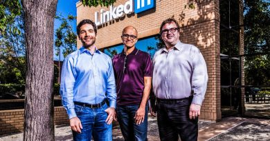 Microsoft Is Buying LinkedIn for $26.2b