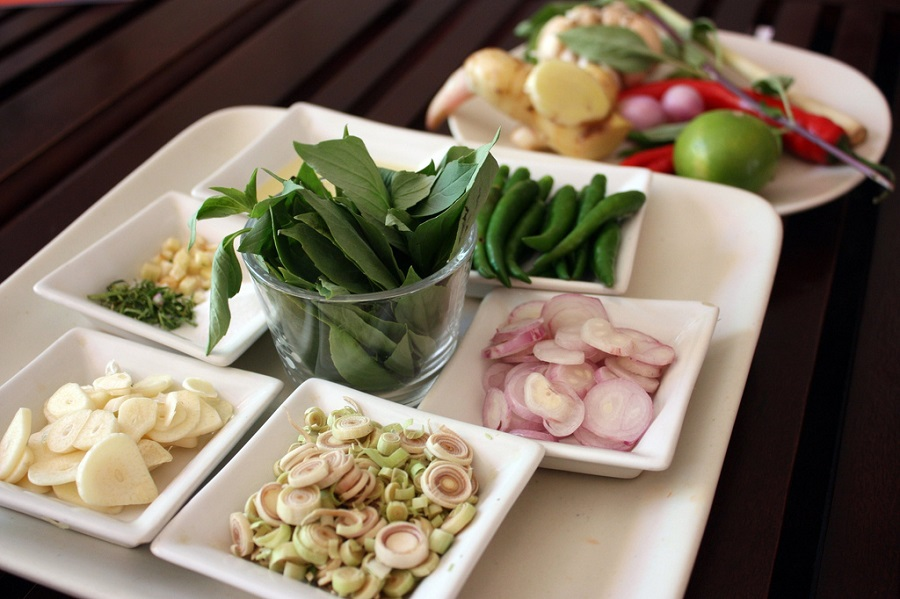 10 must have ingredients for last minute thai food at home for At home thai cuisine