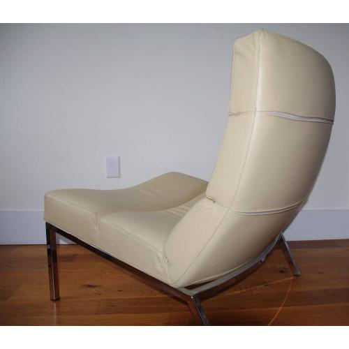 Medium Crop Of Contemporary Leather Lounge Chair