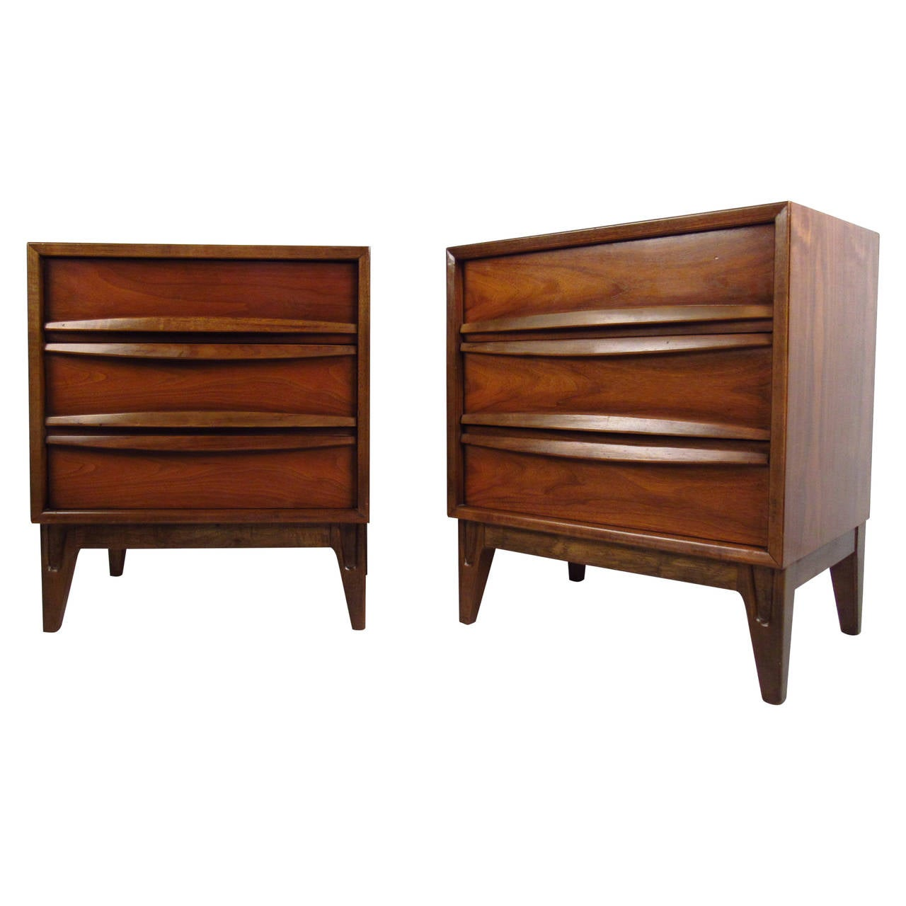 Exciting Pair Midcentury Cane Front Nightstands Sale At Mid Century Nightstand Etsy Mid Century Nightstand Curved Front Nightstands Pair houzz-03 Mid Century Nightstand