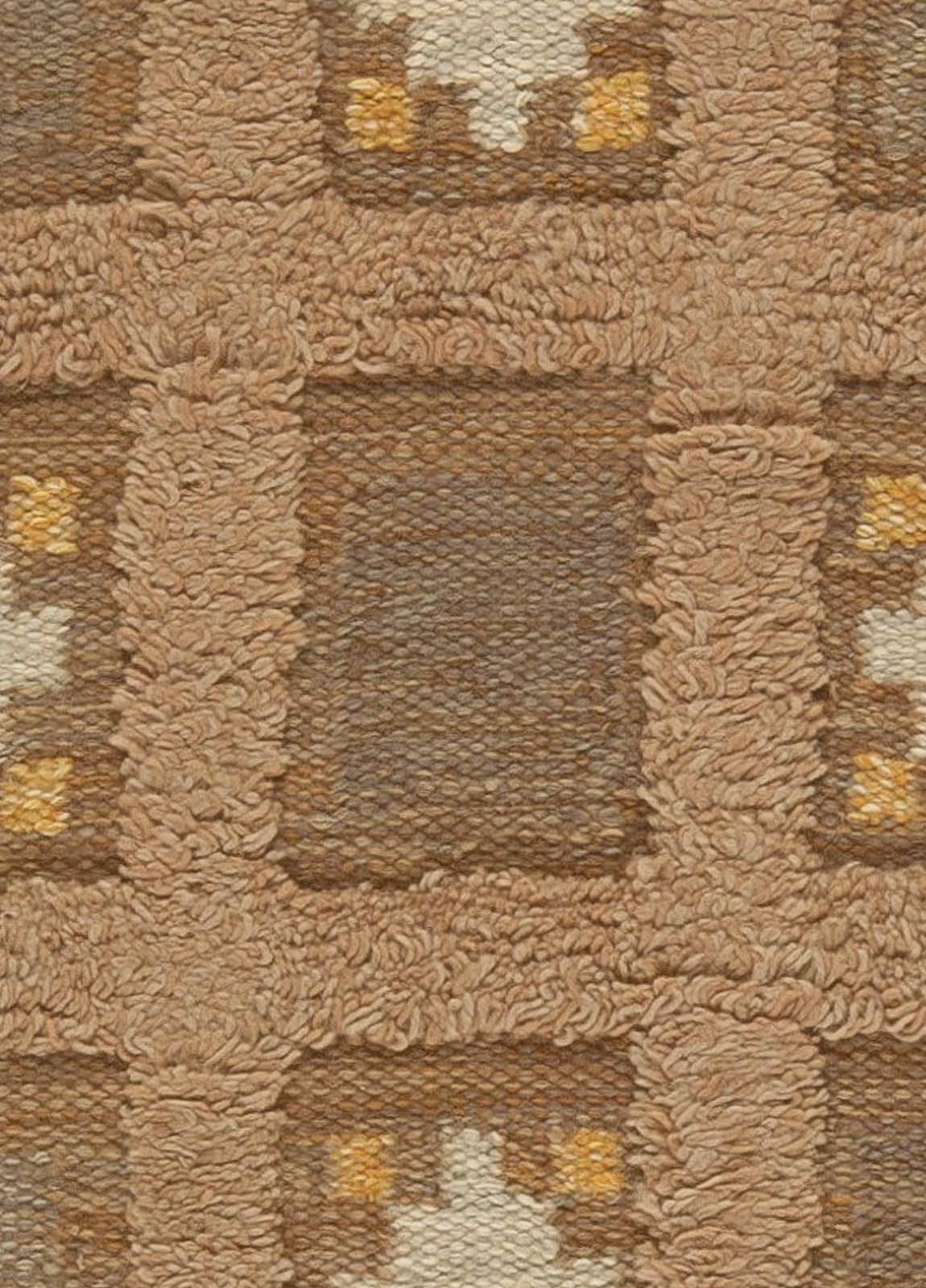 Robust Bb5456 A Swedsih Low Pile Carpet 7 3 X 4 4 Master Low Pile Carpet Height Low Pile Carpet Thickness houzz 01 Low Pile Carpet
