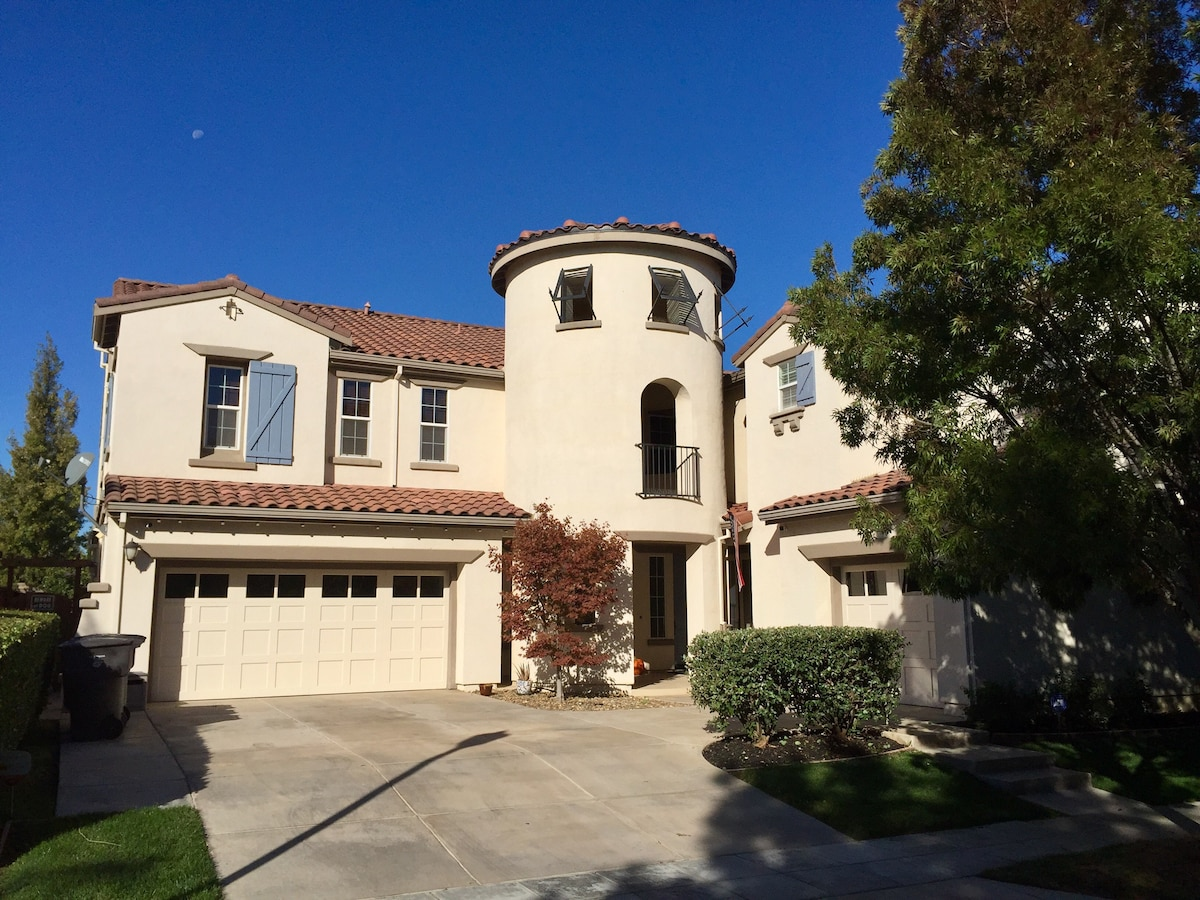 Hilarious Rent Tracy What Is A Casita Home What Is Definition Casita Private Casita Located To Right Main House Mountain House Private Casita Guest Suites houzz-03 What Is A Casita