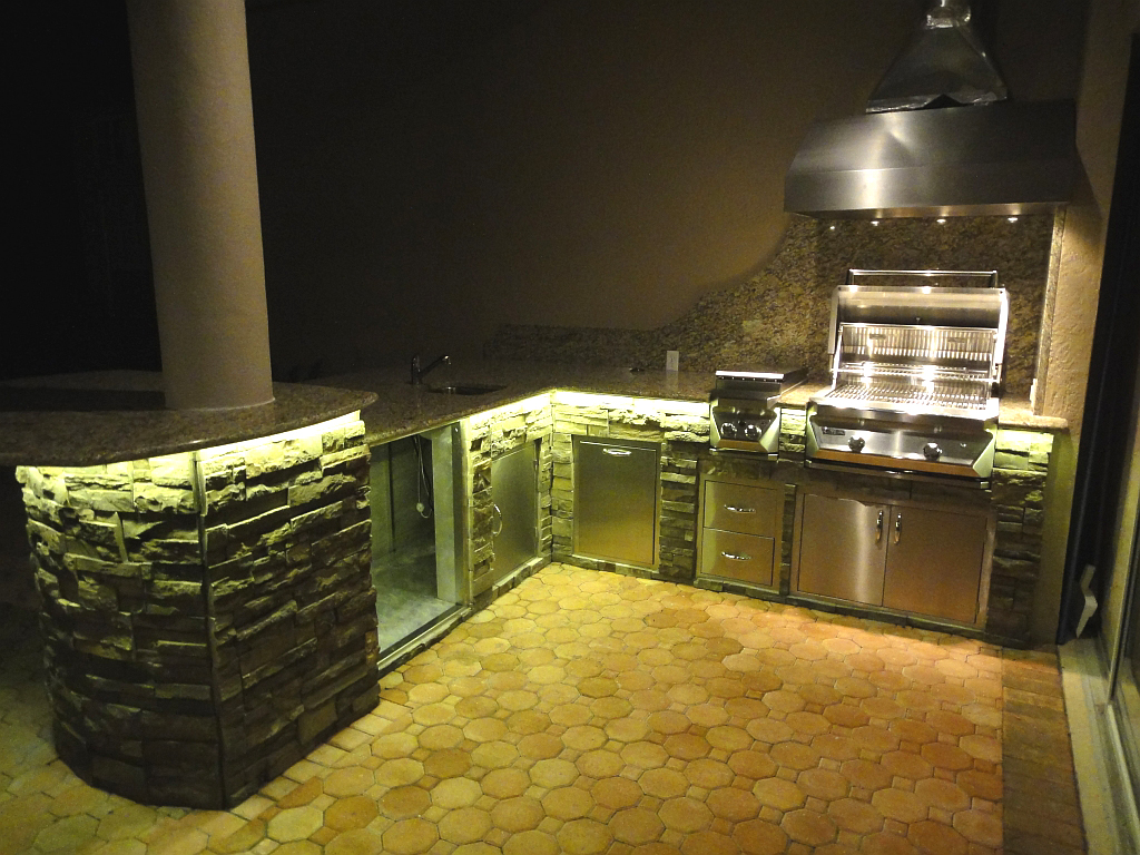 lighting for your outdoor kitchen kitchen led lighting Ambient Lighting for Eating Areas