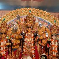 Bengali Bhoger Khichuri or Niramish Khichuri with Baigun Bhaja - Durga Puja Special