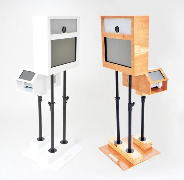 Robot booth robots