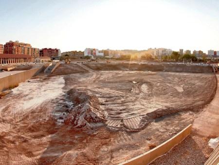 Trabajando en la construcción del Parque Central de Valencia