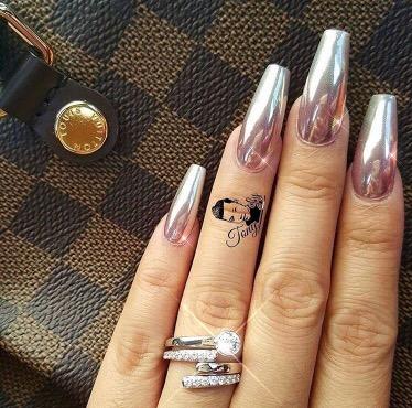 Mirror powder nails
