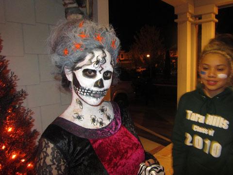 halloween-trick-or-treat2
