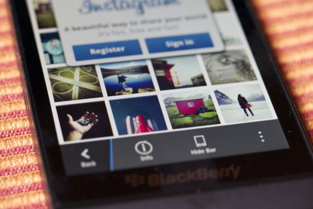 Instagram Z10 how to load