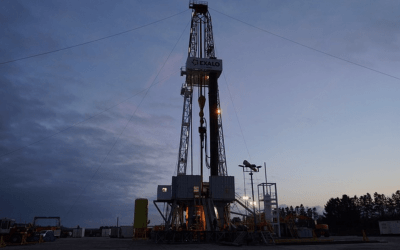 US rig count drops 7 this week to 443, another all-time low