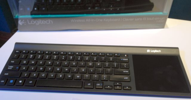 Logitech Keyboard Wireless All in One TK820