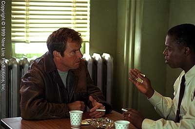 A younger Dennis Quaid and Andrea Braugher in Frequency