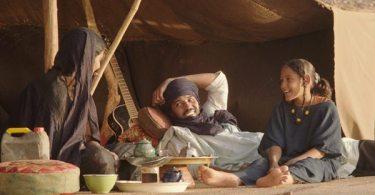 Kidane (Ibrahim Ahmed aka Pino) his wife Satima (Toulou Kiki) their daughter Toya (Layla Walet Mohamed)