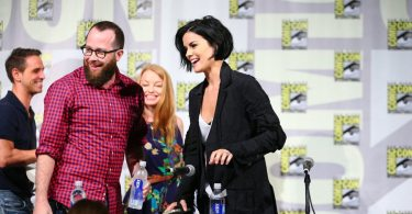 "COMIC-CON INTERNATIONAL: SAN DIEGO 2015 -- ""Blindspot"" Panel & Red Carpet -- Pictured: (l-r) Greg Berlanti, Executive Producer; Martin Gero, Executive Producer, Writer; Sarah Schechter, Executive Producer; Jamie Alexander, Saturday, July 11, 2015, from the San Diego Convention Center, San Diego, Calif. -- (Photo by: Mark Davis/NBC)"