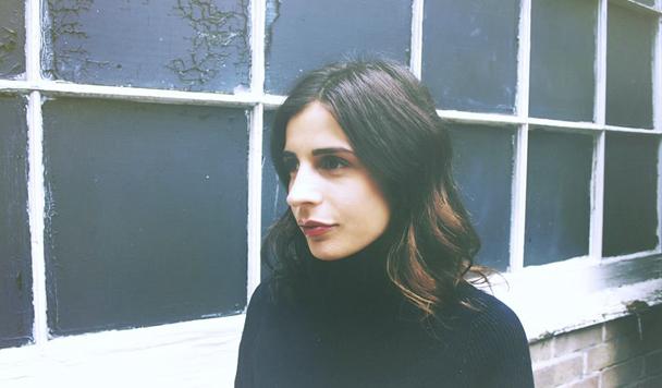 Annabel Jones - Happy [New Single]