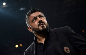 AC Milan's coach Gennaro Gattuso attends the Italian Serie A football match AC Milan vs AS Roma on August 31, 2018 at San Siro stadium' in Milan. / AFP PHOTO / MARCO BERTORELLO