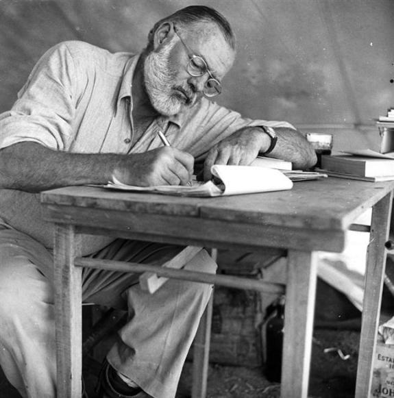 Ernest_Hemingway_6