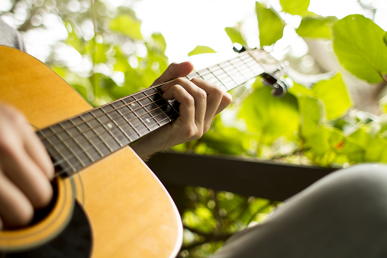 Using Familiar Songs as Songwriting Templates – Acoustic Guitar