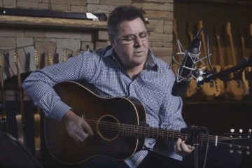 Vince Gill Plays Tribute to George Jones Birthday