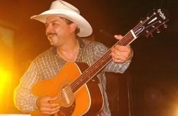 emilio navairo guitar