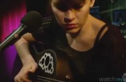 WatchMojo Top Ten Female Guitarists