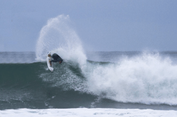 "Owen Wright Surfs Cold Bells Beach to ""Warm Up"" For J-Bay"