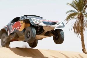 Team Peugeot Total testing their 3008DKR Maxi | Rally Dakar 2018