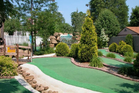 there are many places to play mini golf in pittsburgh pennsylvania